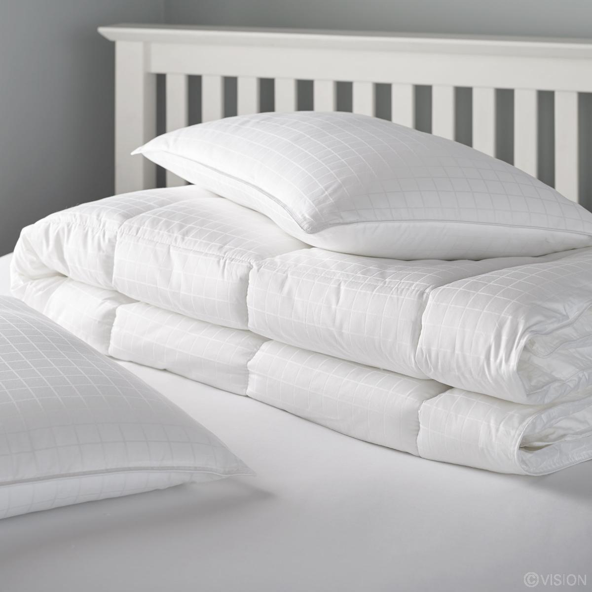 ritz rtz product down linens xlrg hotel duvet d shop m the bedding luxury carlton