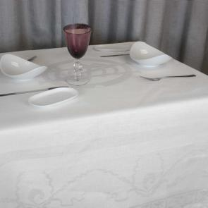 Replica Titanic white  table linen collection